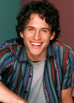 Glenn Howerton dans That 80's Show